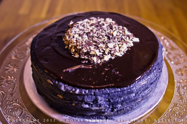 pure-chocolate-cake-large